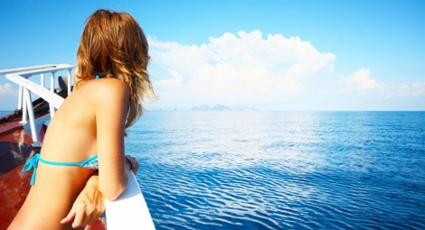 aprender a viajar y estar solo es una manera de destar estres laboral